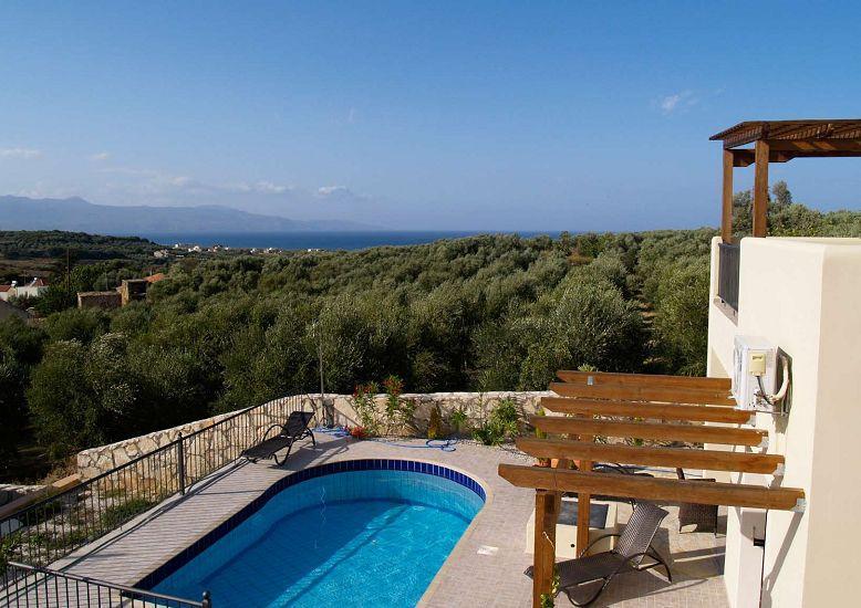 Купить жилье в греции у моря в деревне