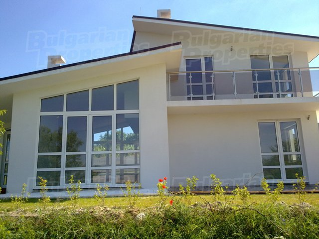 Дом - Болгария - Северное побережье - Варна, основное фото