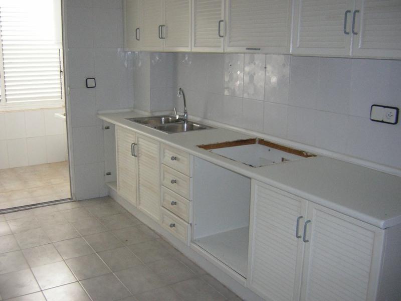 Испания 4х комнатная квартира у моря купить
