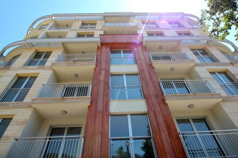 Снять апартаменты в Бечичи у моря без посредников