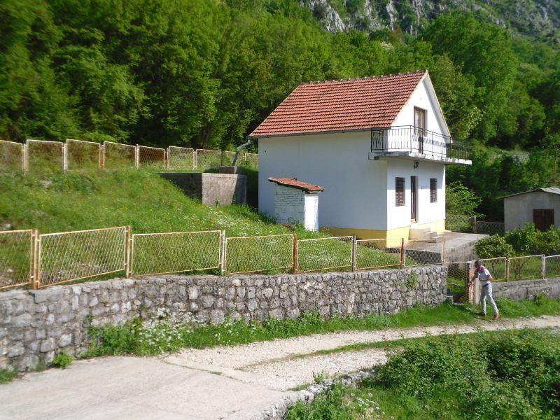 Дом - Черногория - Боко-Которский залив - Рисан, основное фото