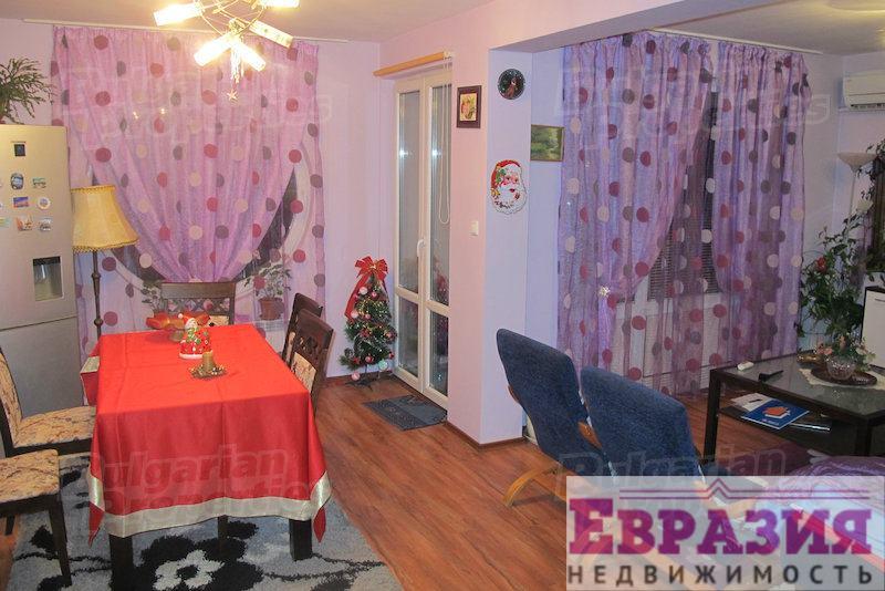 Двухкомнатная меблированная квартира в Софии - Болгария - Регион София - София, основное фото