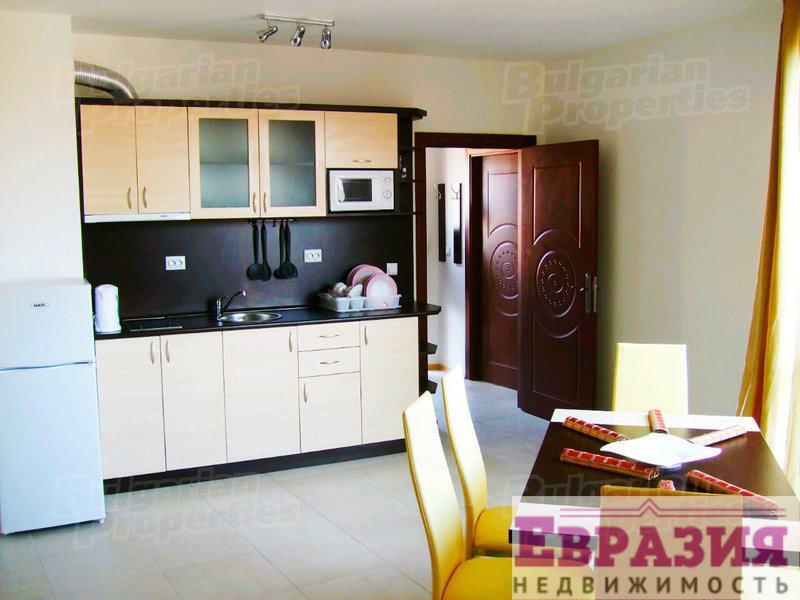 Трехкомнатная квартира в комплексе в Солнечном Берегу - Болгария - Бургасская область - Солнечный берег, основное фото