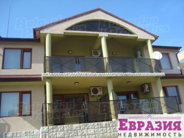 Отличная трехкомнатная квартира вблизи Варны - Болгария - Варна - Варна, основное фото