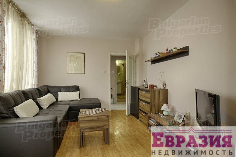 Меблированная двухкомнатная квартира , София - Болгария - Регион София - София, основное фото