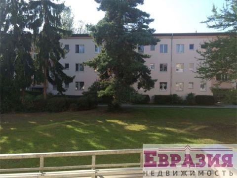 Просторная двухкомнатная квартира, которая нуждается в ремонте - Германия - Столица - Берлин, основное фото