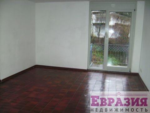 Двухэтажная квартира с отличным ремонтом - Германия - Баден-Вюртемберг, основное фото