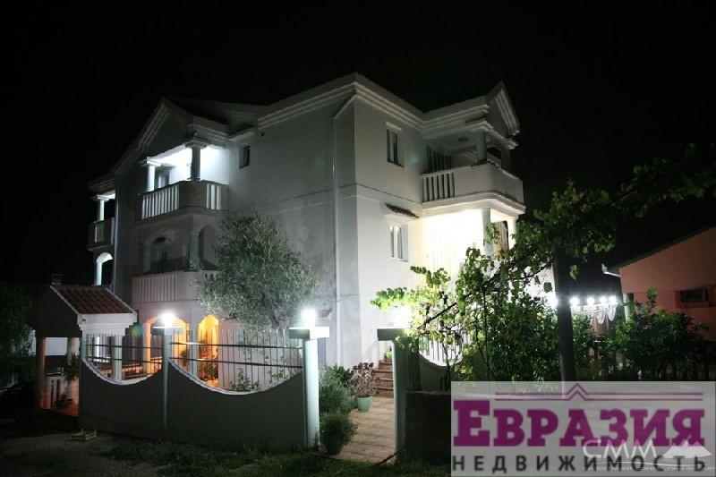 Коттедж в Тиват фото