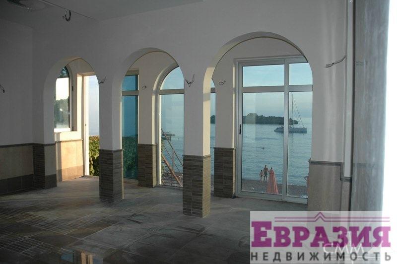 Коммерческая недвижимость в Будве - Черногория - Будванская ривьера - Будва, основное фото