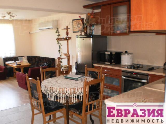 Продажа трехкомнатной квартиры в Варне - Болгария - Варна - Варна, основное фото